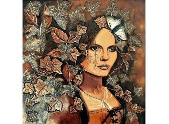 Hedera, portrait en cuir repoussé et parchemin